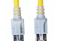 H6GSY00K5Y * Patchcablu Cat6a cu LED ecranat RJ45 galben 10GB 0,5m