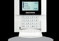JA-110E * Tastatura cu 4 butoane functionale pentru controlul sectiunilor, iesiri PG si alte functii